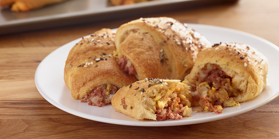 Corned Beef Hash Breakfast Roll-Ups