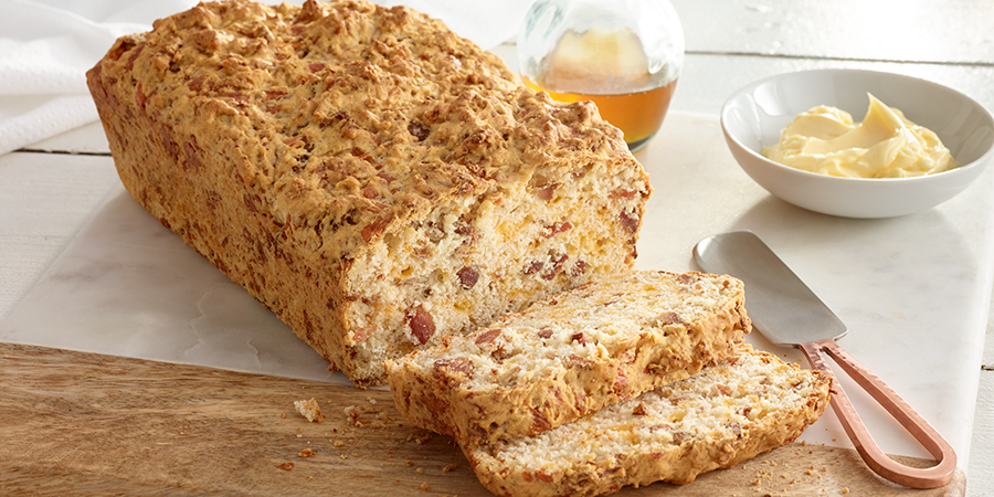 <strong>Bacon-Beer Cheese Bread</strong>