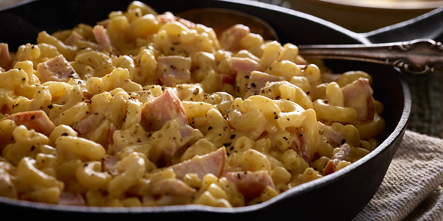 Skillet Bacon Macaroni and Cheese