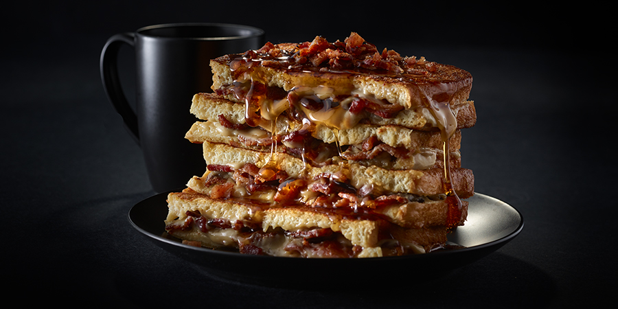 <strong>Bacon Stuffed French Toast</strong>
