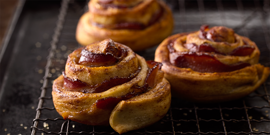 Brown Sugar Bacon Cinnamon Rolls