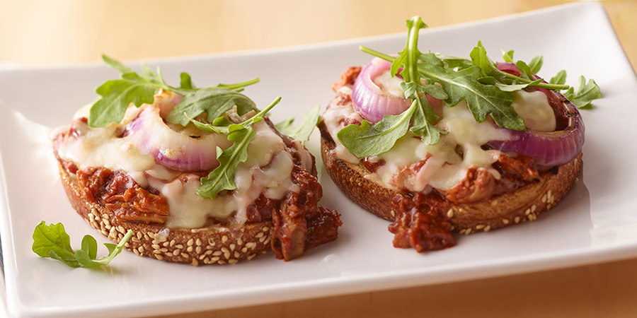 Barbeque Pork & White Cheddar Toasts