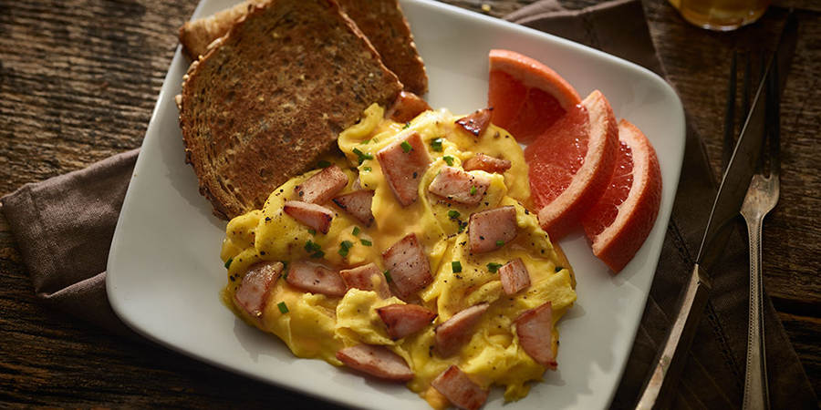 Cheesy Bacon and Egg Scramble
