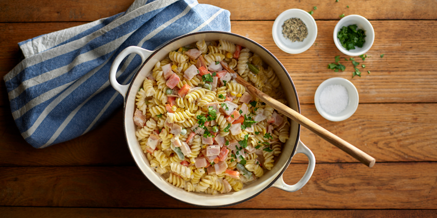 One-Pot Turkey Pot Pie Pasta